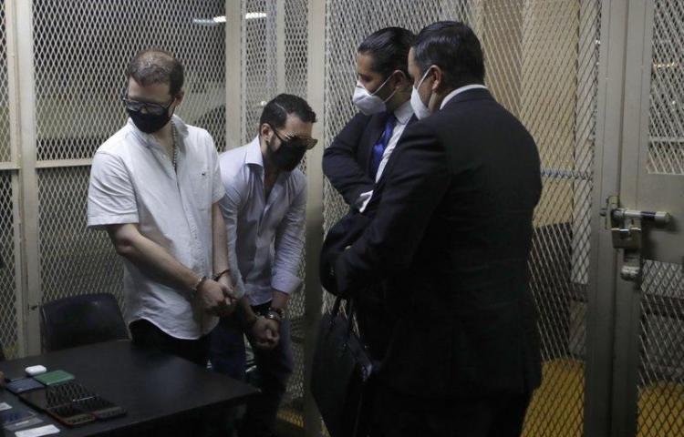 Embajadorde Panamá en Guatemala conversa sobre los hermanos Martinelli