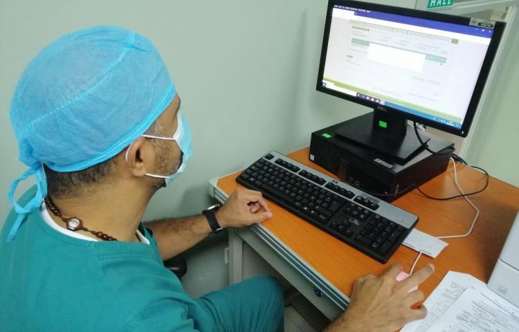 CSS convoca a médicos recién egresados y especialistas
