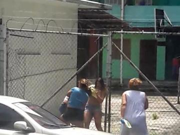¡Saperoco! Mujeres se van a los puños en El Chorrillo