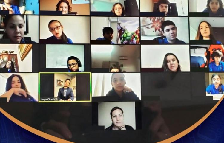Celebridades y profesionales motivan a los estudiantes en línea