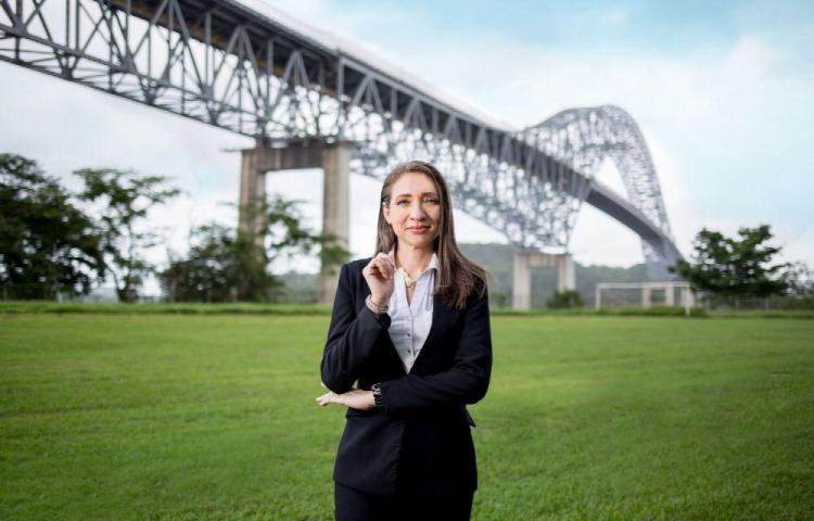 Busca competitividad y acelerar la industria marítima Mary Carmen Barrios