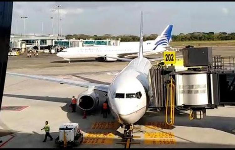Panamá extiende suspensión de vuelos internacionales