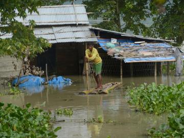 Lluvias dejan 93 muertos y 2,8 millones de afectados en el noreste de India