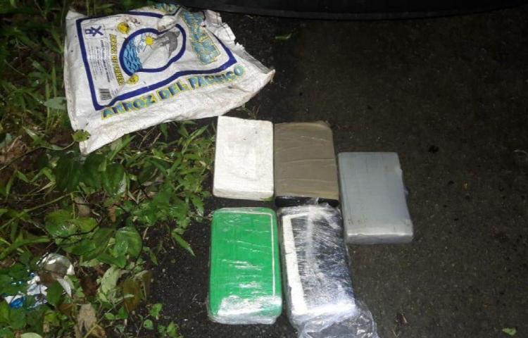 Detenido por transportar droga en la Costa Arriba de Colón