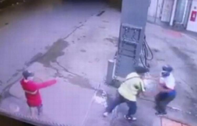 Intentaron robarle a bombero en estación de combustible de Chitré