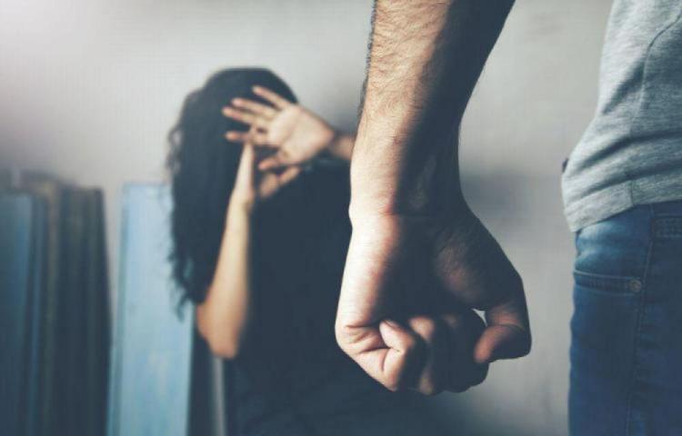 El confinamiento ha puesto a las mujeres a sufrir en silencio