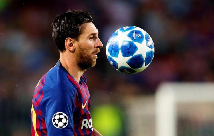 Barcelona confía en que el partido ante el Nápoles se juegue en el Camp Nou