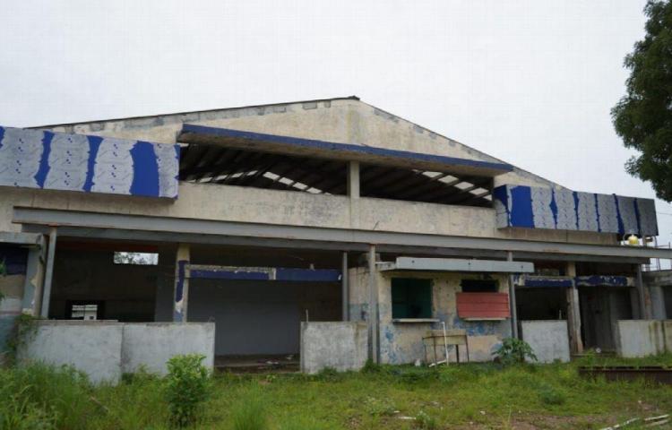 Gimnasio en ruinas