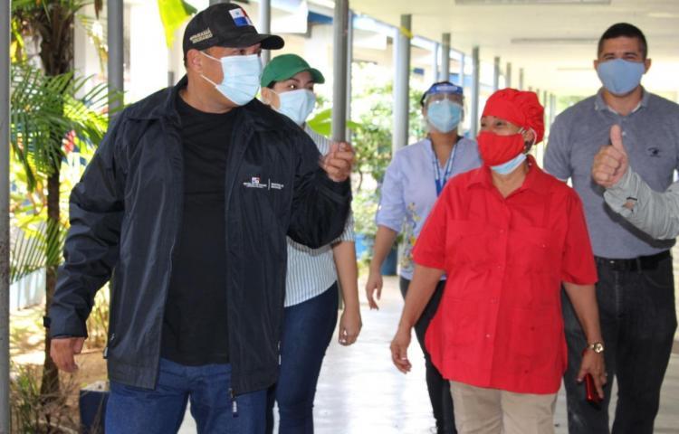 Autoridades de Educación realizancentros educativos en Chiriquí, Veraguas y Coclé