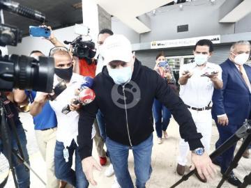 Aplican impedimento de salida del país a expresidente Martinelli