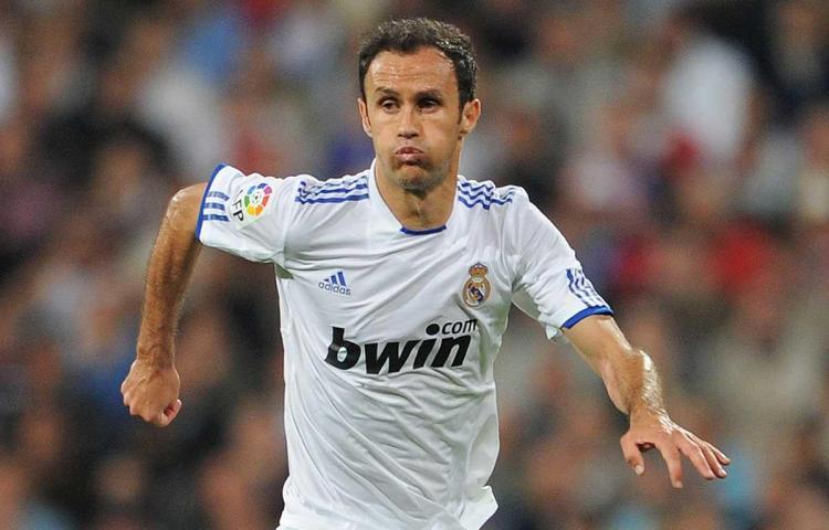 Carvalho espera que Real Madrid y Chelsea lleguen a cuartos