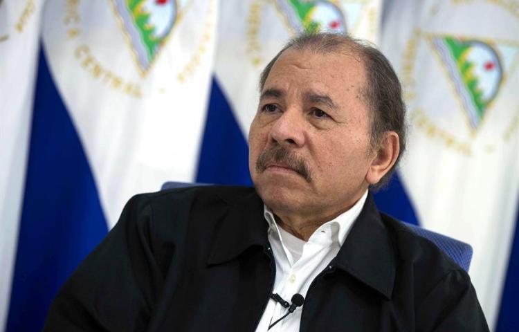 Ortega homenajea a Fidel Castro en el 40 aniversario de la Naval de Nicaragua