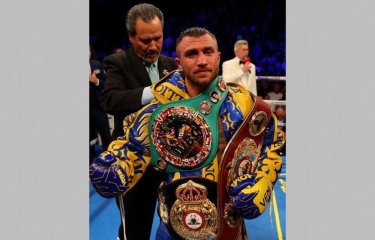 Lomachenko y López pelearán en octubre