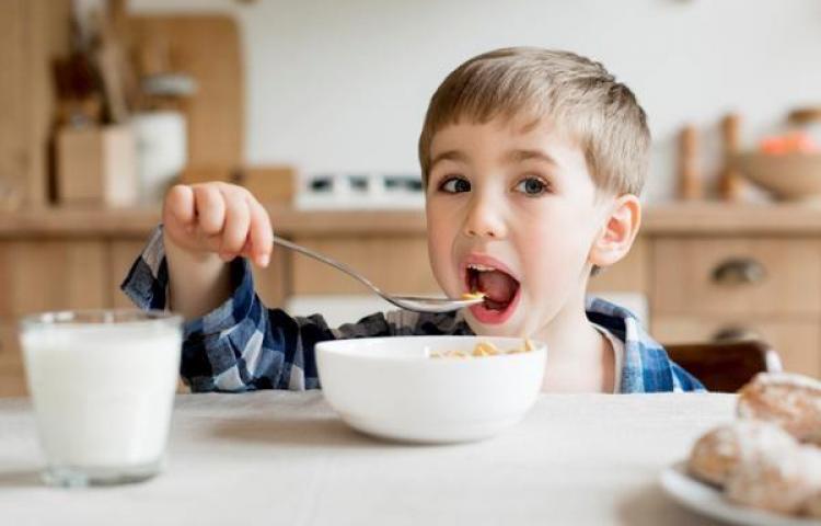 Alimentación en casa, durante periodo de clases