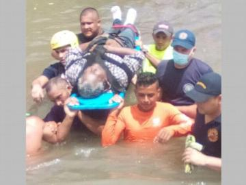 ¡Tragedia! Un abuelito chiricano fue arrastrado por la corriente y se ahogó