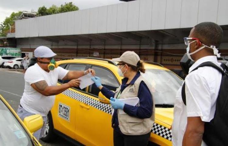 Todos los taxistas de Panamá y Panamá Oeste podrán circular desde el lunes