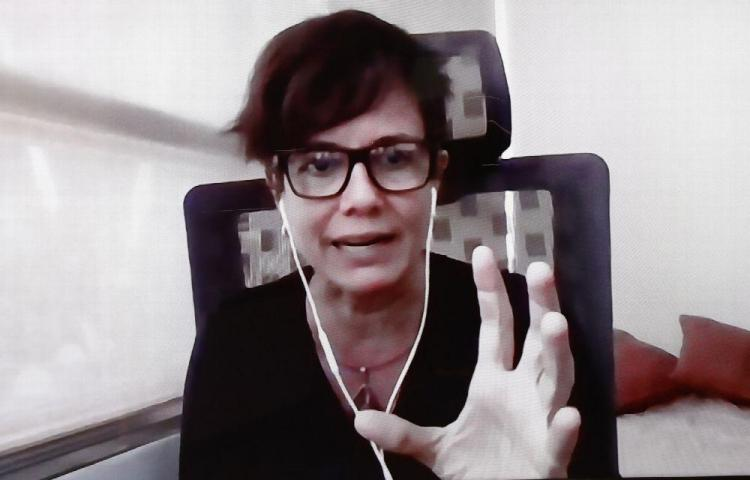 Gabrielle Britton: Buscan detectar Alzheimer en análisis de sangre