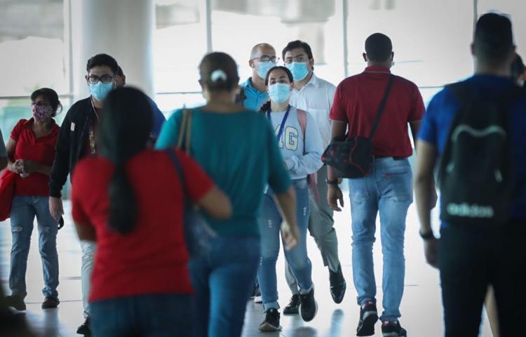 Panamá suspende restricción por género y suaviza toque de queda por pandemia