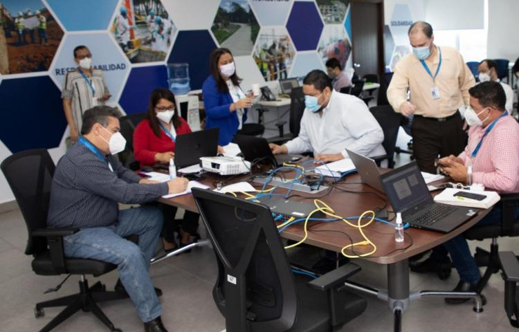 21 empresas interesadas en operar el sistema de alcantarillado