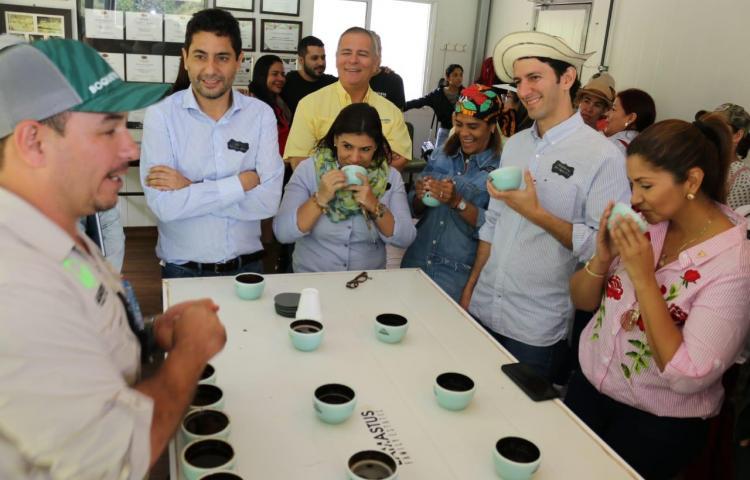 Récords mundiales del café geisha fortalecen Circuito del Café