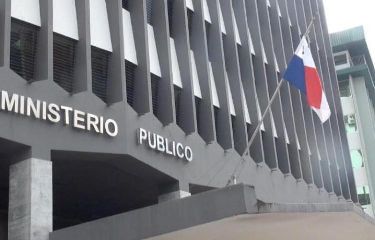 """La Fisalía Anticorrupción imputó cargos a seis exfuncionarios por """"botella"""""""