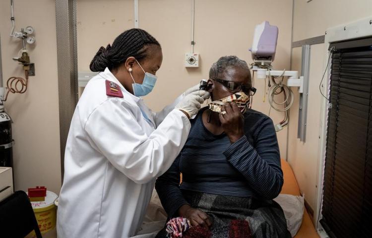 Médicos venezolanos se ofrecen a la sanidad española para frenar la pandemia