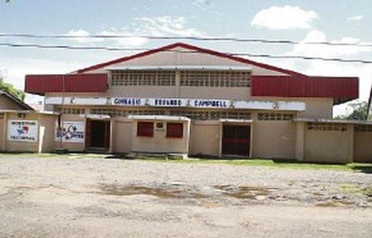 Arrancan las remodelaciones del Gimnasio Eduardo Campbell