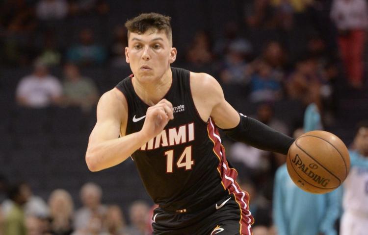 El novato Herro pone a Heat a un triunfo de las Finales de la NBA