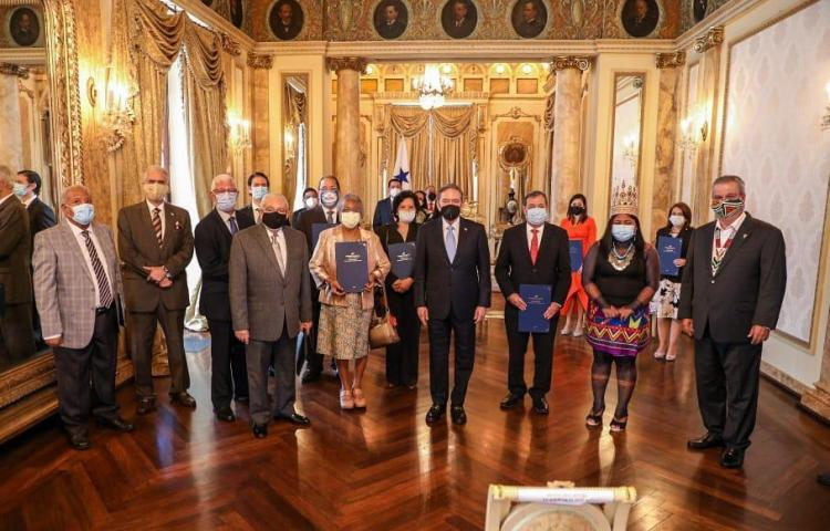 Presidente Cortizo Cohen instala Comisión del Bicentenario