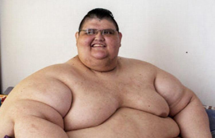 Ya no es el hombre más gordo del planeta y venció al virus