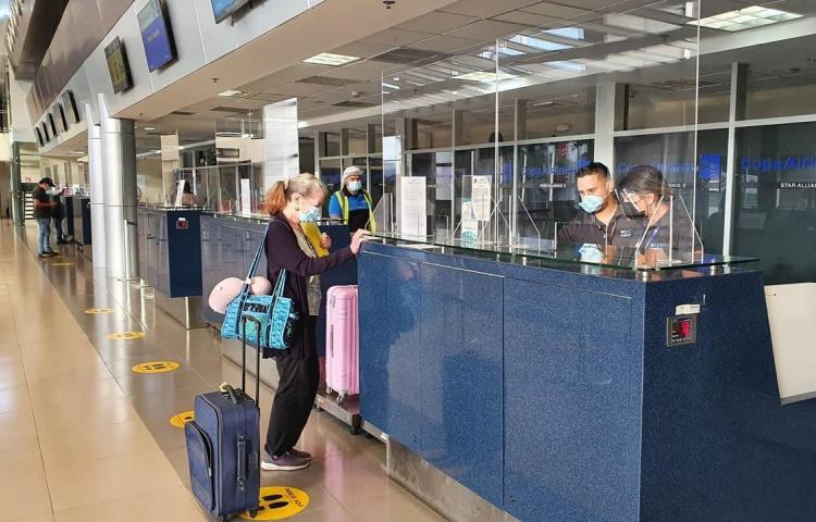 Se reanudaron los vuelos nacionales en el Aeropuerto Internacional Enrique Malek