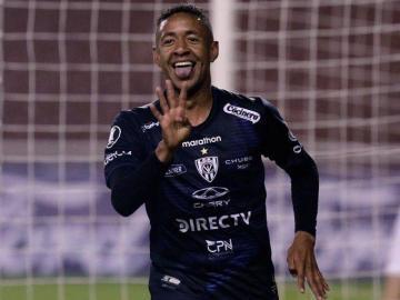 Gabriel Torres comandaría el ataque de Panamá ante Costa Rica