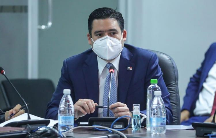 Carrizo anuncia propuesta que busca descentralizar el Ministerio de la Presidencia