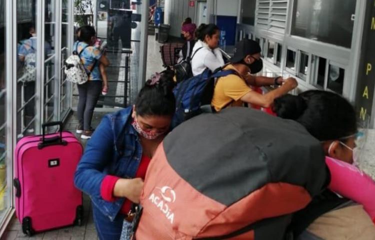 Nicaragüenses, salvadoreños y guatemaltecos, los que más se han retirado de Panamá