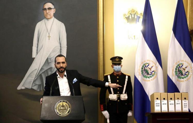 """Piden que se investigue a Bukele por """"encubrir"""" masacre salvadoreña de 1981"""