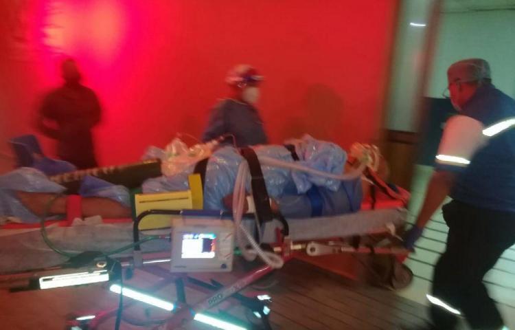Repartidor de comida se chocó en Coronado y se salvó de milagro