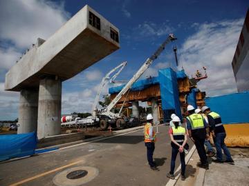 Ramal del metro que llega al principal aeropuerto de Panamá avanza un 44%