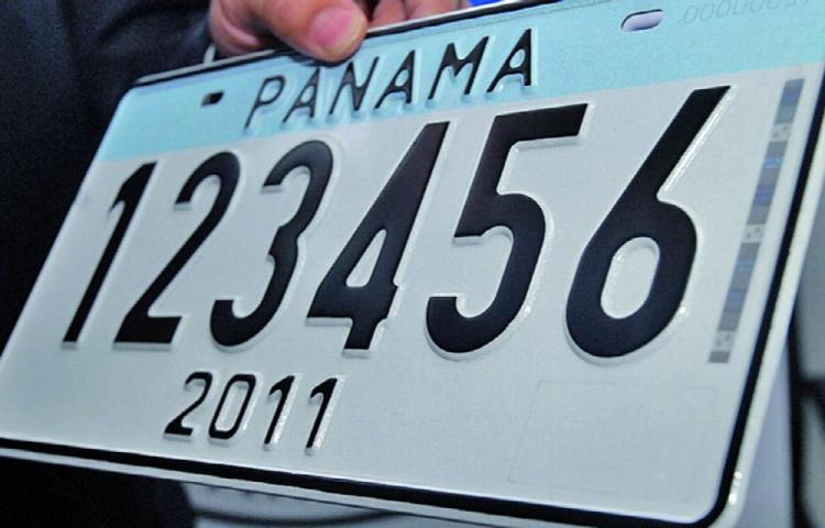 Panamá ya tendrá placas por cinco años