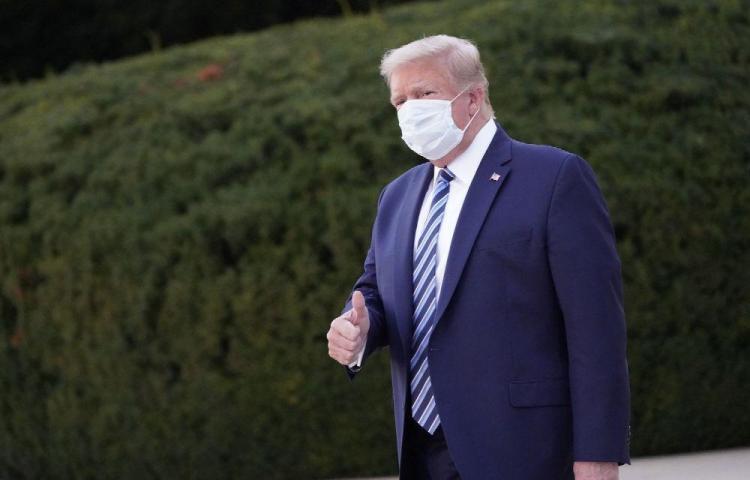 Trump recibió un pago sospechoso de un hotel en plena campaña