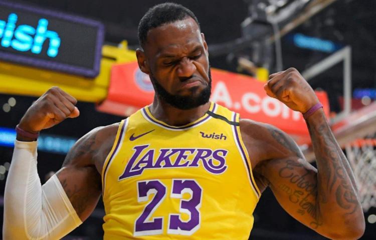 La NBA y la Fórmula 1 inspiran a Vuitton y Hilfiger