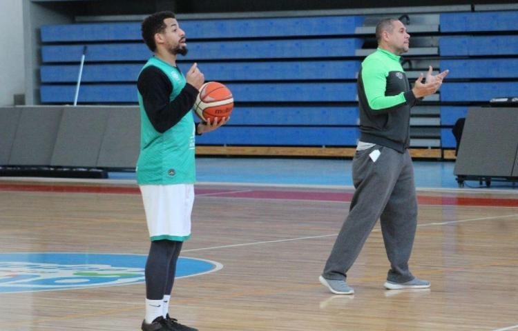 Gaskins se alista para el básquet argentino