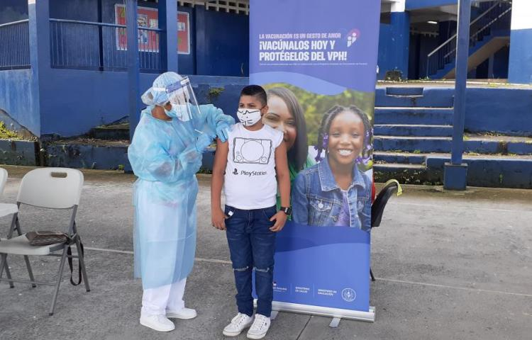 Todavía hay chance para vacunar a jovencitos contra el Virus del Papiloma Humanos