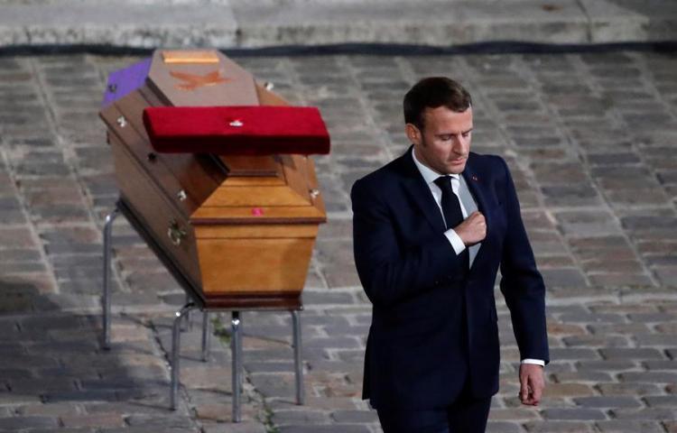 """Macron: """"Francia no renunciará a las caricaturas"""""""