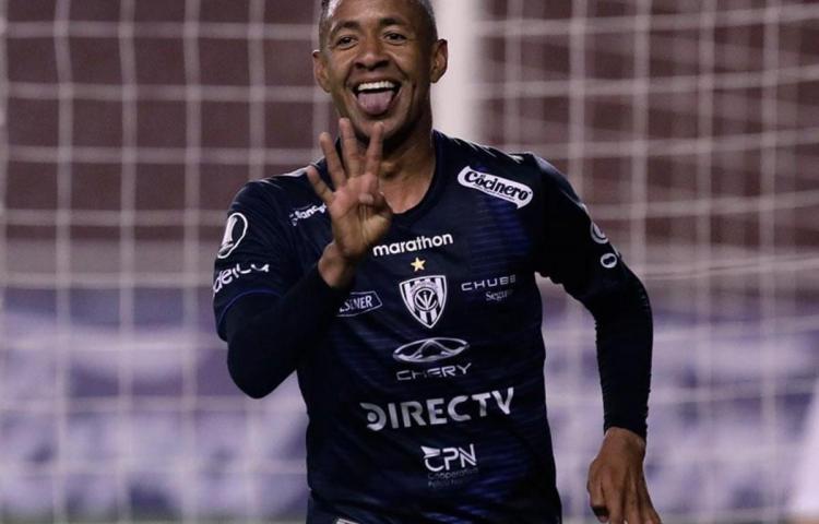 Gabriel Torres y el Independiente del Valle avanzan en la Libertadores