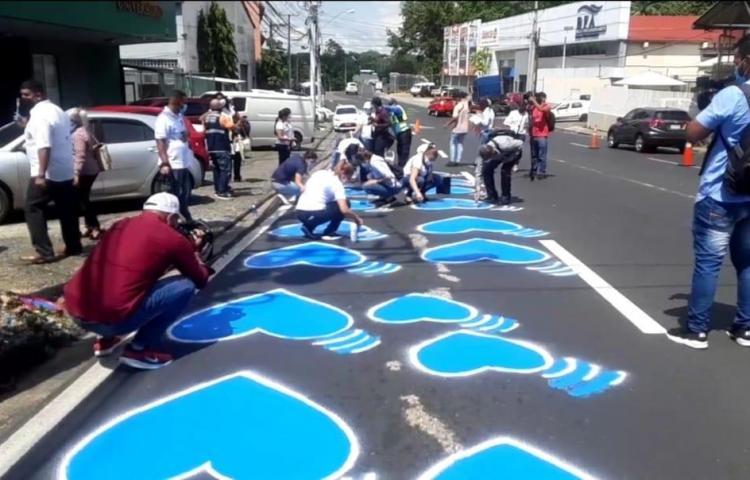 Panameños recuerdan los 14 años de la tragedia del bus 8B-06