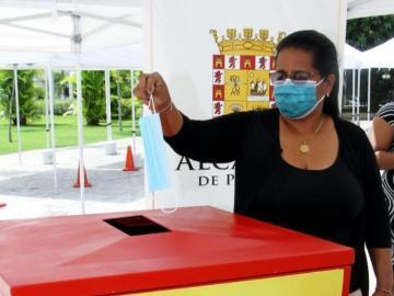La Alcaldía de Panamá coloca contenedor especial para almacenar mascarillas usadas