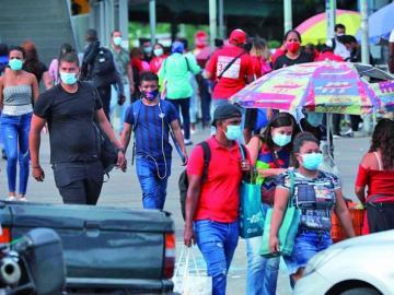 Gobierno ha guillotinado a 35 mil funcionarios