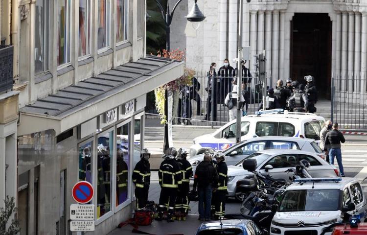 El terrorismo vuelve a atacar a Francia con tres muertos en una iglesia