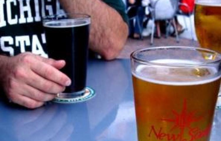 Alcaldía de Panamá suspende venta de bebidas alcohólicas el 2 de noviembre
