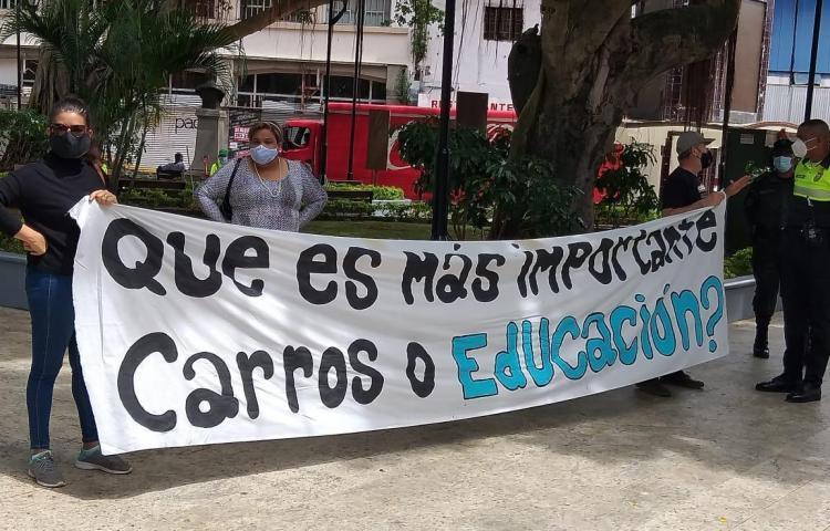 Diversos gremios de escuelas particulares cerrarán la Cinta Costera este viernes